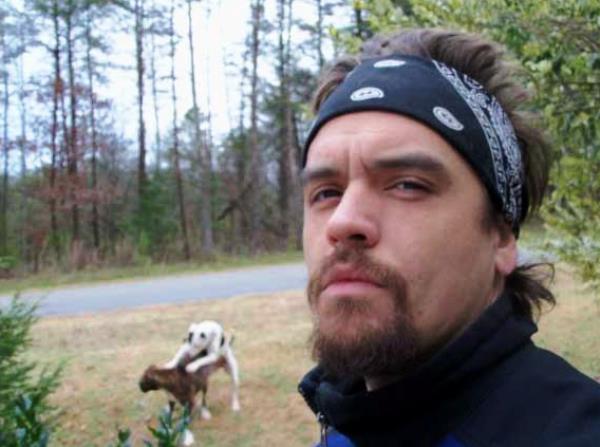 Foto met honden bezig op de achtergrond