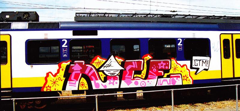 Nice graffiti op trein van nederlandse spoorwegen
