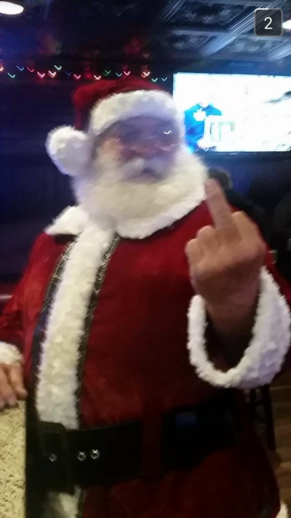 Ongepaste kerstmannen, middelvinger
